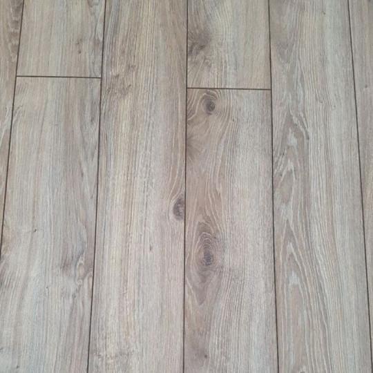 Ламинат Floorpan (Флорпан) Sanfloor (Санфлор) 12/33  4v Дуб Самора 104